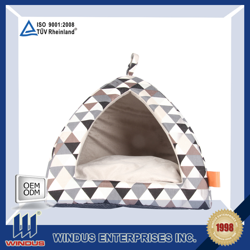 wholesale heated dog house with washable and removable mat