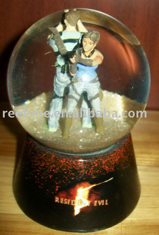 Polyresin Game Character Water Globe