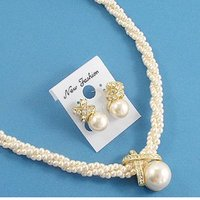 Fashion Accessory, Pearl Jewelry