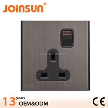 13A BS wall socket WITH SWITCH
