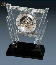 Exquisite customized Crystal Clear Table Clock Plaque For Business Gift