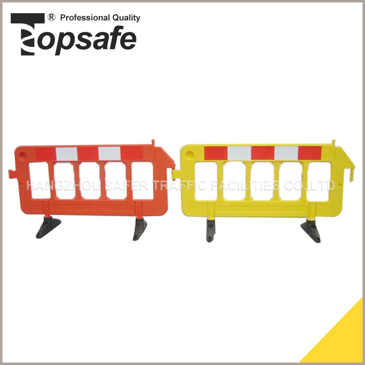 Factory Directly Pole Pe Road Safety Barrier