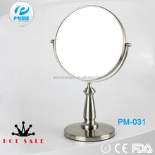 Compact hand held standing two way mirror in Jiangmen