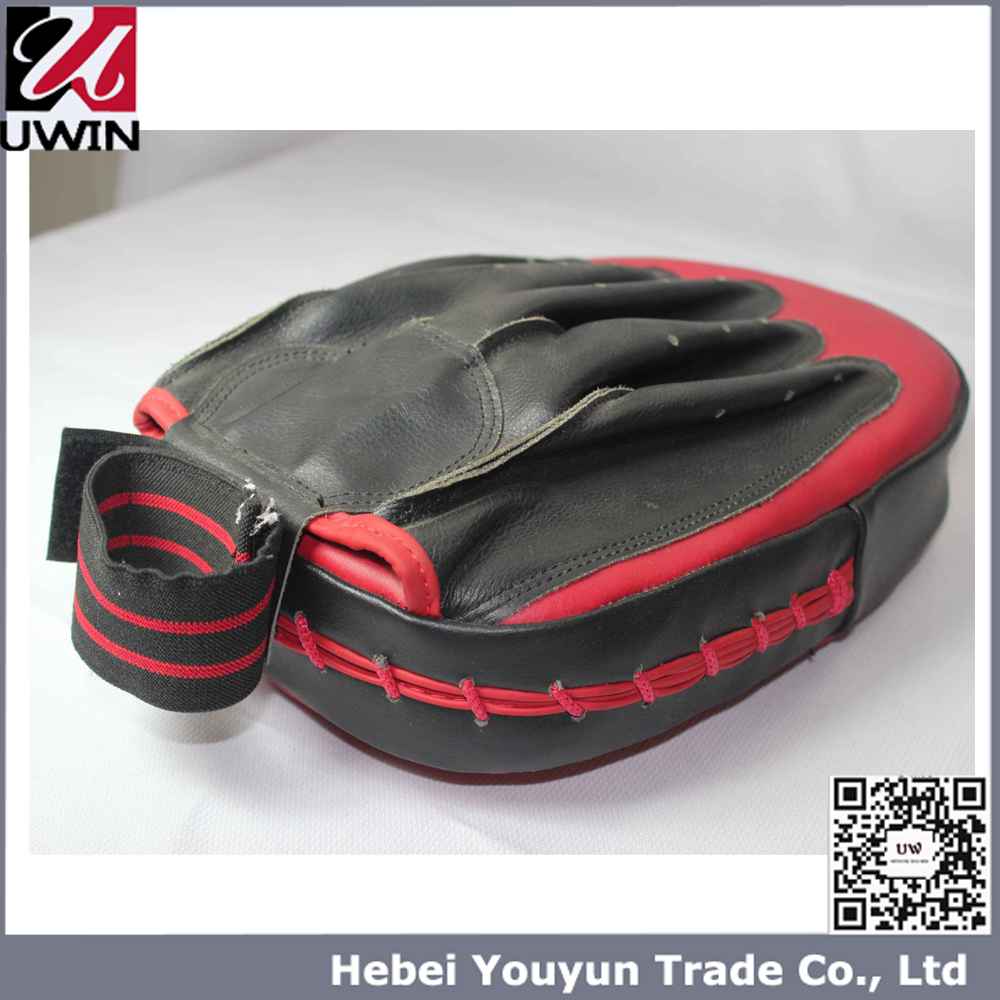 UWIN PU Leather Muay Tai Focus Mitts Pad .MMA Traning Boxing Mitts