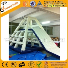 Giant climbing inflatable water tower A9009A