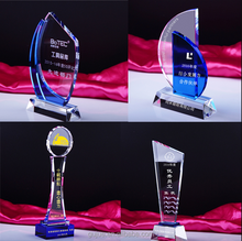 Unique shape customized crystal glass trophy high quality K9 glass award 2018 new design trophy
