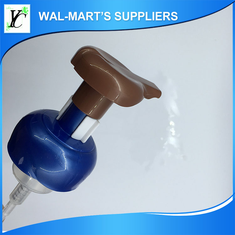 Chinese manufactory direct sales foaming pump with brush for facial cleaner cream