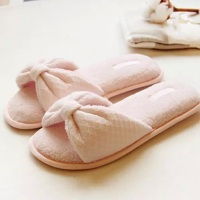 Kawaii <strong>Slippers</strong> pink bow soft <strong>slippers</strong> embossed waterproof non-slip women's cotton home <strong>slippers</strong>