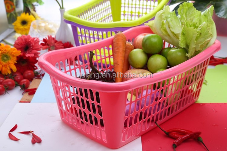 Promotional plastic large size storage basket Kitchen Accessories Wash Fruit Vegetable Sieve Storage Basket Dropping Water