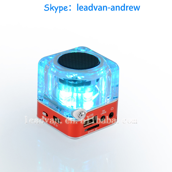 Wholesale Support USB TF Card FM Radio Colorful LED Screen Multimedia Mini Cubes Mp3 Music Player