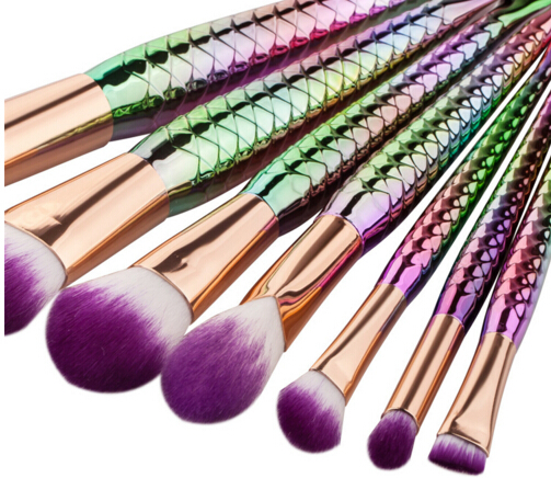7pcs Multicolor Beauty Mermaid Makeup Brush Kits Very Soft Synthetic Fibre Metal Ferrule Foundation Angular Lipstick Brushes