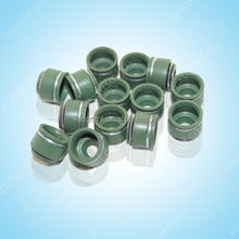 Motorcycle spare parts CD70 Engine Valve oil seal stem seal