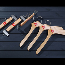 2018 Hot sale high quality custom printed wooden hanger