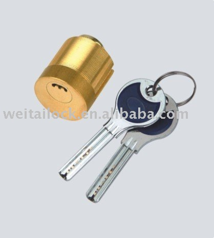 Semi-circular electronic door locks key blank