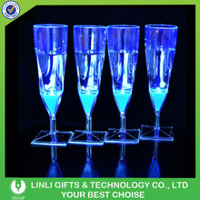 High Quality Plastic Tableware Flashing Colorful LED Champagne Glass For Wedding