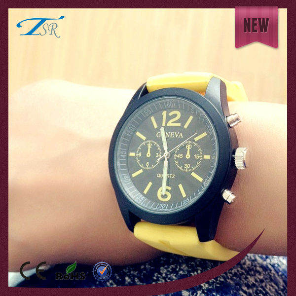 2016 New products custom logo bright colors silicone classic geneva watches