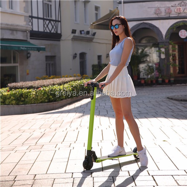 High quality two wheels e-wheelin electric skateboard oem factory