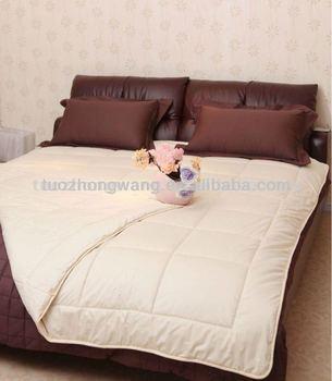 warm winter comforter buy comforter quilt duvet product on. Black Bedroom Furniture Sets. Home Design Ideas