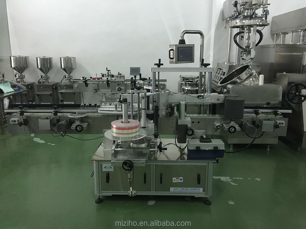 Automatic flat double side bottle labeling machine