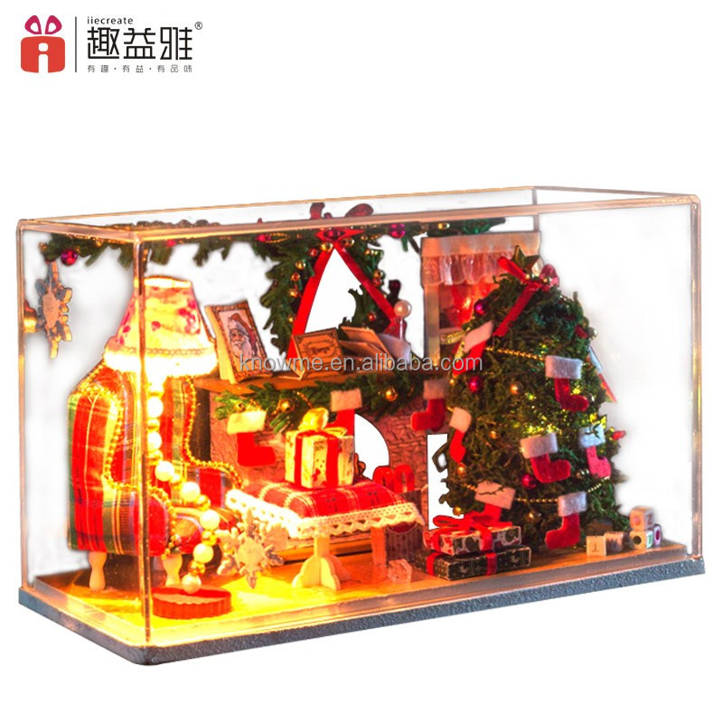 Beautiful samll wooden doll house DIY toy with Christmas tree for kids's gift