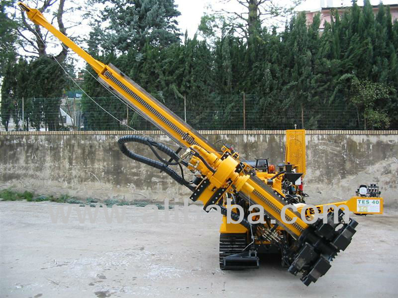 Micropiling drilling rig TES CAR mod. TES40 Compact