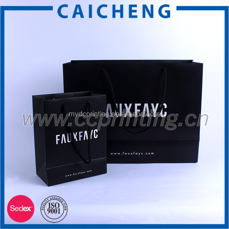 China Manufacture Recycled Handle Branded Paper Gift Bag