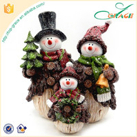 polyresin Christmas table piece pine tree snowman family christmas snowmen