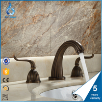chorme brass coloured instant water heater faucet