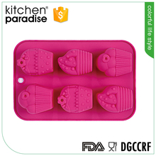 Non-stick SGS Tested silicone baking cake cupcake tray/mould/pan