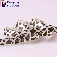 China manufactures wholesale kinds of ribbon,various size delicate piebald satin ribbon