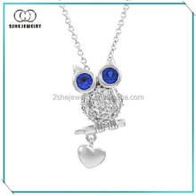 Gorgeous blue eyes silver owl pendant necklace