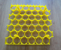 Yellow plastic incubator egg tray 42 pieces