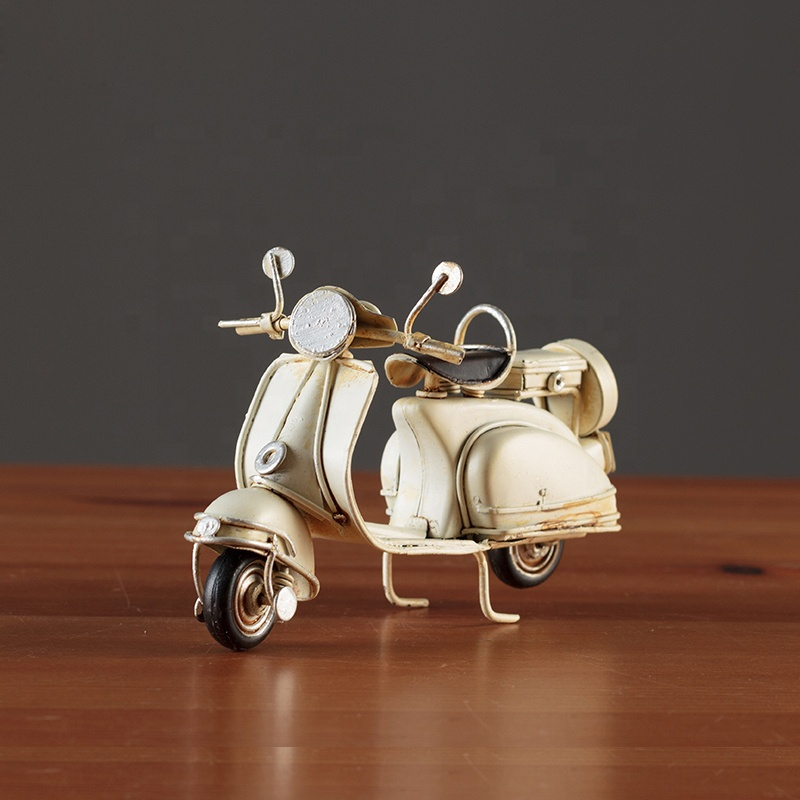 Antique Scooter Motorcycle Model Figurine Miniature Metal Craft Home Decoration Vintage