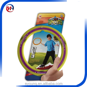 Plastic flying ring frisbee/disc