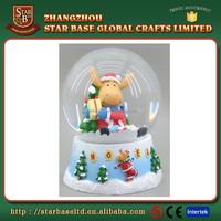 Hot sale best gift christmas decoration snow globes wholesale with great price