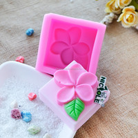 R0020 wholesale classic flower silicone mold for soap hand making mould