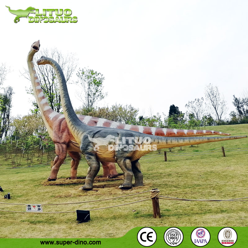 Real Size Moving Animated Dinosaur