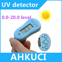 Plastic digital LCD display UV tester keychain, ABS UV meter with timer