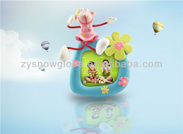 Polyresin decorate flower photo frame
