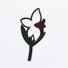 Factory Custom Cute Embroidery patch Clothing/Dress Patches