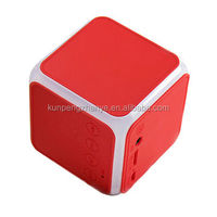 2017 OEM Mini Cube square shape Portable Stereo wireless blue tooth speaker with LED light