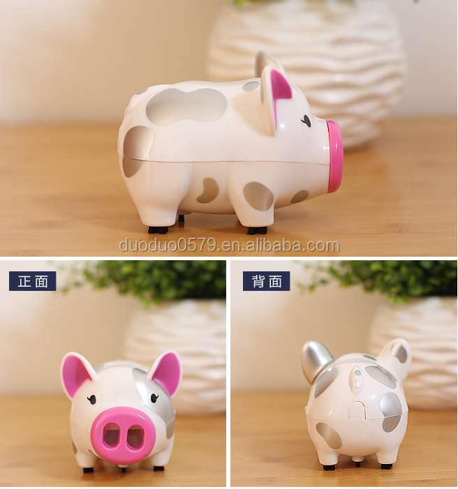 F009 Portable Lovely Pigs cartoon Mini Desk Dust Cleaner vacuum cleaner