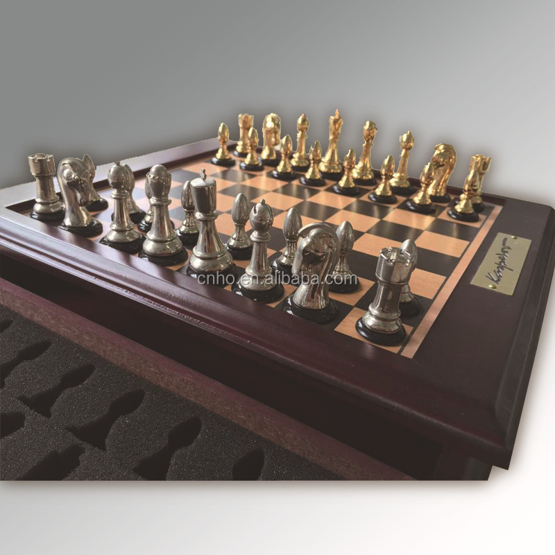Luxury high quality 5 in 1 wooden game set checkers and Where can i buy a chess game