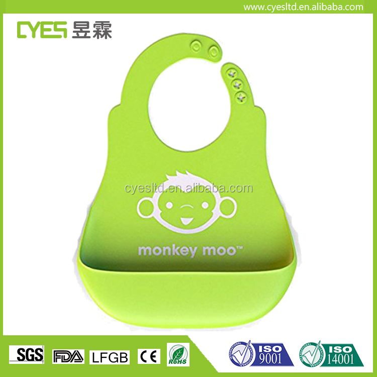 2017 hot sell soft durable Silicone Baby Bibs with food catcher for kids