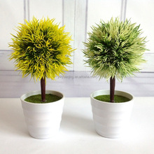 Simulation pine needle ball potted small tree for decorative props