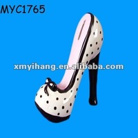 Polyresin high heel shoe bank