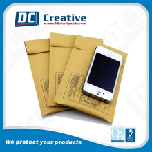 Color brown Manila kraft bubble mailers padded envelopes in mailing