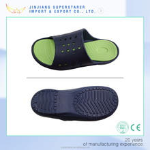 EVA men point wave sole holey slipper