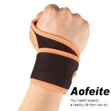 2015 Hot Sell Elastic Neoprene Breathable Thumb Waterproof Wrist Support Wraps