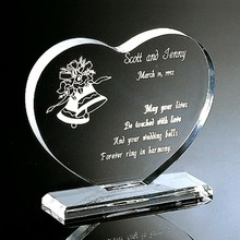 Promo Customized Acrylic Award Clear heart shaped paper weight
